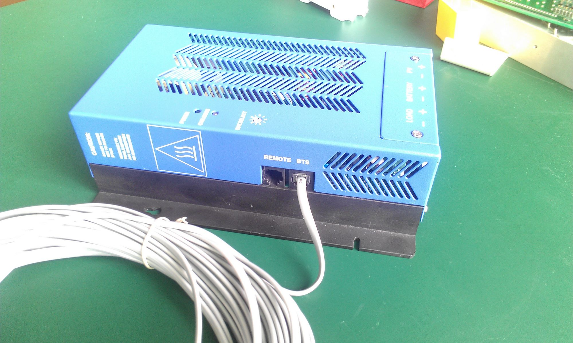 Controllers 12v 24v 15amp Manual Pwm Solar Battery Charger Controller Circuit Model Mate 40a And 60a For Batt 48v Blue Color With Temperature Sensor